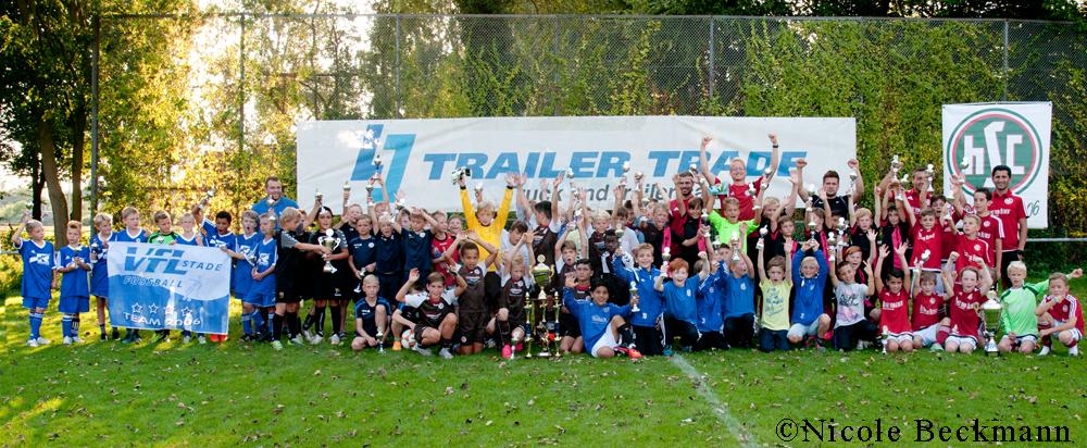 Alle teilnehmenden Teams des 1. Trailer-Trade-Cups